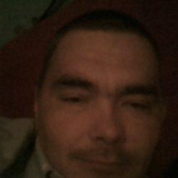 Симпатичный парень ищет девушку на ночь в Иркутске