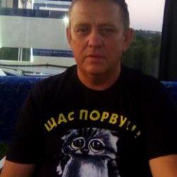 Парень встретится с девушкой для взаимного приятного отдыха в Иркутске