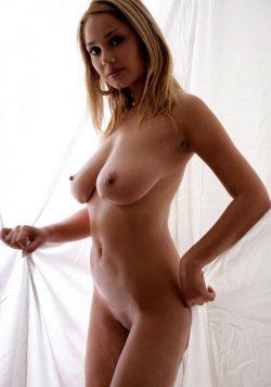 Девушка-модель, в Иркутске ищет щедрого мужчину!