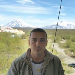 Парень, ищу девушку в Иркутске для секса и может отношений